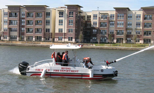 Feb. 2009 - Fireboat on the water